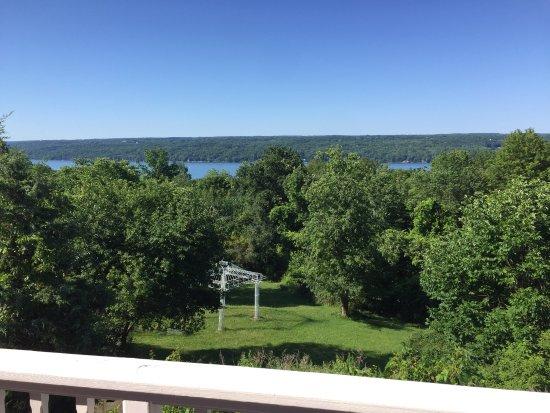 Cayuga Lake Front Inn: photo2.jpg