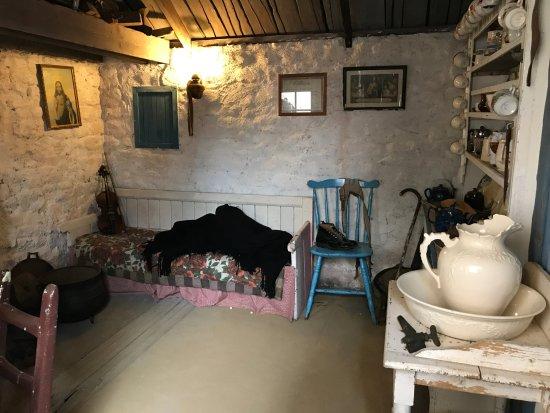 Dunquin, Ireland: Dwelling injterior