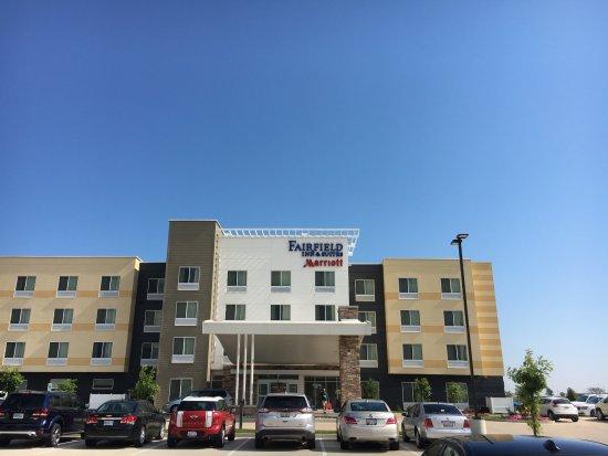 Pontoon Beach, IL: Hotel Exterior