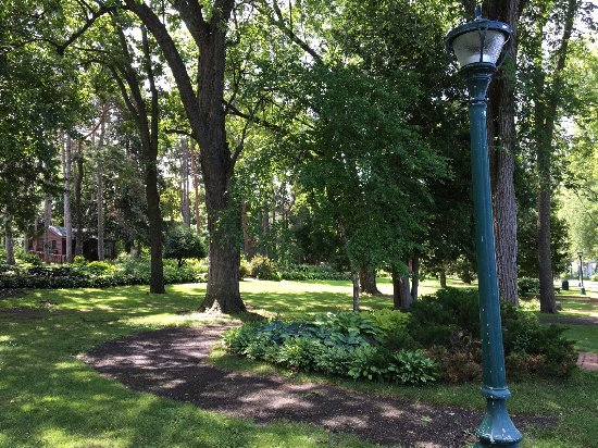 Munsinger Garden Walking Path By Ketan Deshpande Of Mn Picture Of Munsinger Gardens Saint