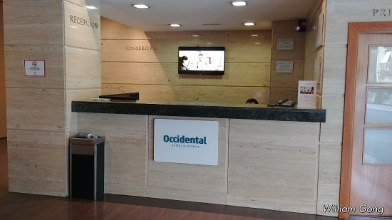 Occidental Granada: Check in Front desk