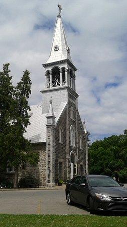 Notre-Dame-de-l'Ile-Perrot, Canadá: église Sainte-Jeanne-de-Chantal