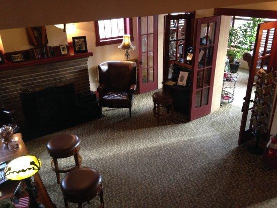 Chamberlin Inn: Lobby