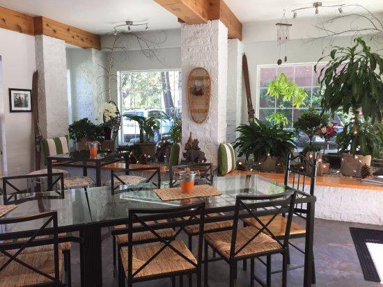 Alpenrose Inn : breakfast room