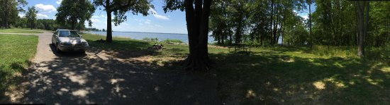 Whittington, IL: Beautiful lakeside sites