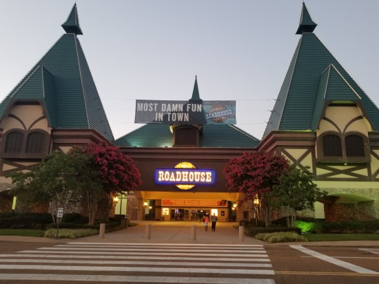 This guide lists the top casinos near Nashville, algebracapacitywt.tk shown are the floor size in square feet and the miles from Nashville with drive time. The casino pages have pictures, gaming details for slots, baccarat, blackjack, poker, craps, roulette and other table games.