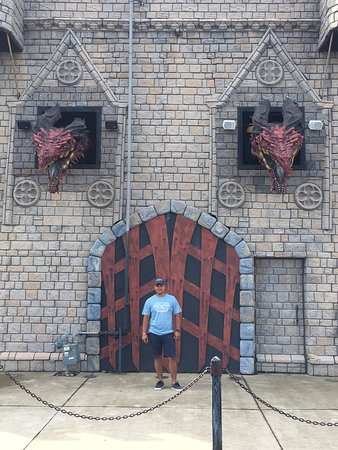 Ghostly Manor Thrill Center : So fun place for the whole family, I really recommend it