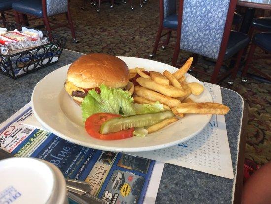 Blue Bay Family Restaurant: photo0.jpg
