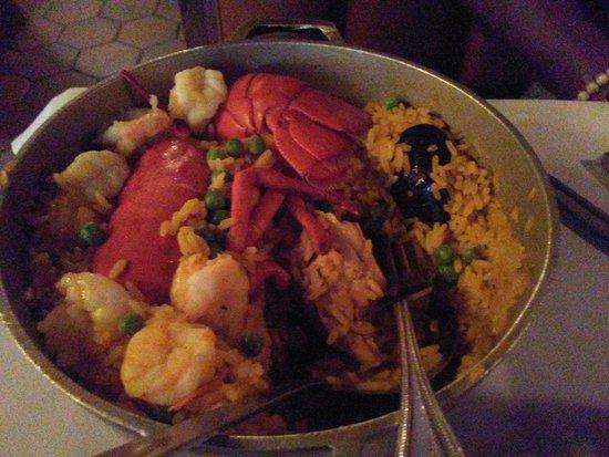 Sevilla Restaurant & Bar: Seafood Paella w/ Lobster (minus sausage)
