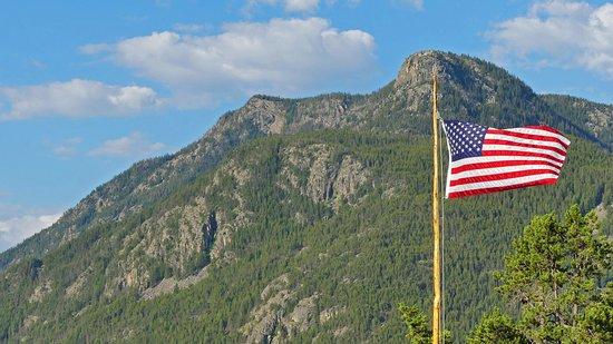 McLeod, MT: Patriotic natural bueaty-
