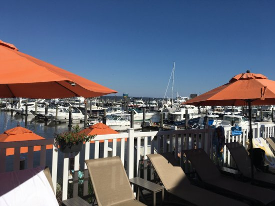 Old Saybrook, CT: Standing in the are of the outside pool overlooking the water and marina