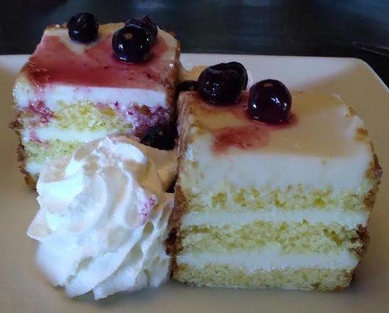Wilkesboro, Carolina del Norte: Key Lime cake was outstanding.