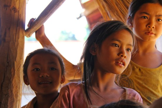 Provinz Luang Prabang, Laos: Happy Little Faces of the Mok Jung & Khmu mountain villages