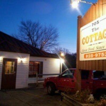 Johnson City, TN: Famous Cottage