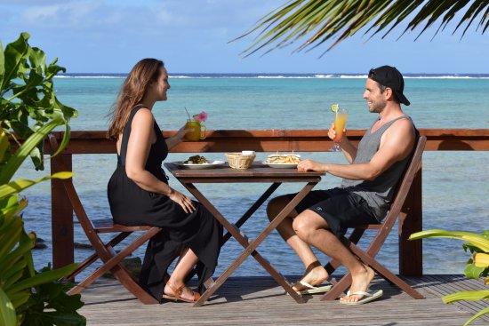 Muri Beach Resort: Breakfast with a view