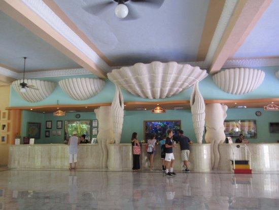 IBEROSTAR Paraiso Del Mar: Lobby area