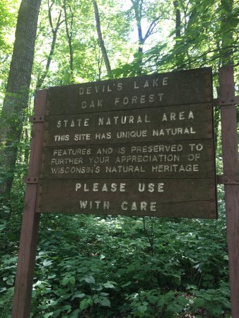 Baraboo, WI: Devils Lake trail notice.