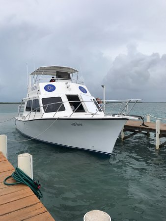 Turneffe Island, Belice: Boat that got us on the island safely and comfortably