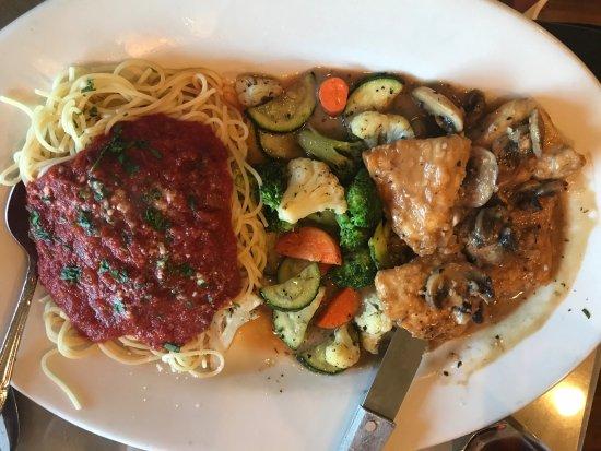 Rosario's Italian Restaurant: chicken marsala