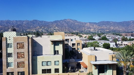 View From The 6th Floor Picture Of Hilton Garden Inn Burbank Downtown Burbank Tripadvisor