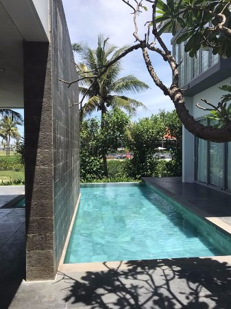 The Ocean Villas: Swimming pool in the villa