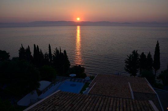 Karina Hotel: Восход солнца