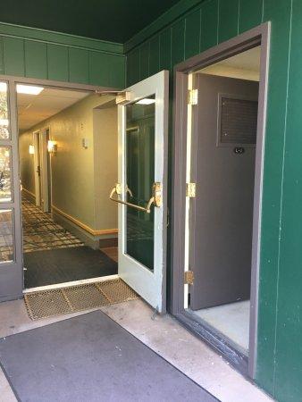 Yavapai Lodge: photo8.jpg
