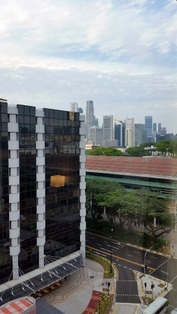 โรงแรมเดอะสแตรนด์: Strand Hotel - View from Room