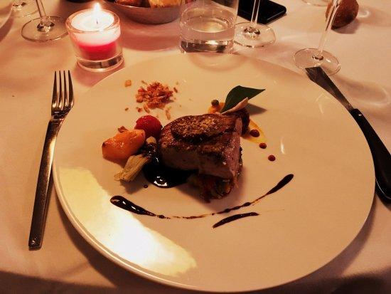 L'Hysope: Je ne me rappelle plus de l'appellation exacte du plat... Cochon et sa croûte au cognac, Délicie