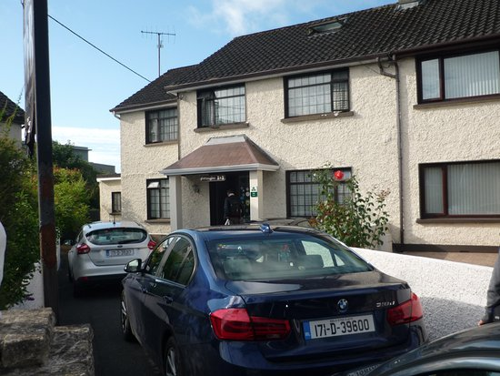 Glen eagles bed and breakfast updated 2017 b b reviews for Garden rooms limerick