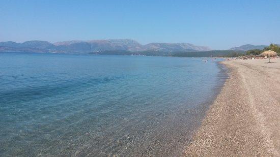 Diamond Palace: plage de mavromouni