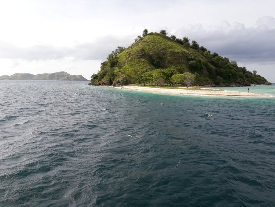 Beyond Komodo Tours