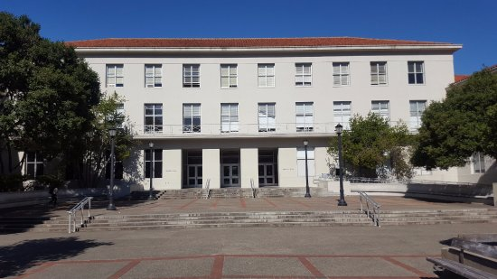 University of California, Berkeley: Dwinelle Hall