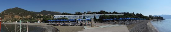 Erateini, Grécia: La plage et l'hôtel