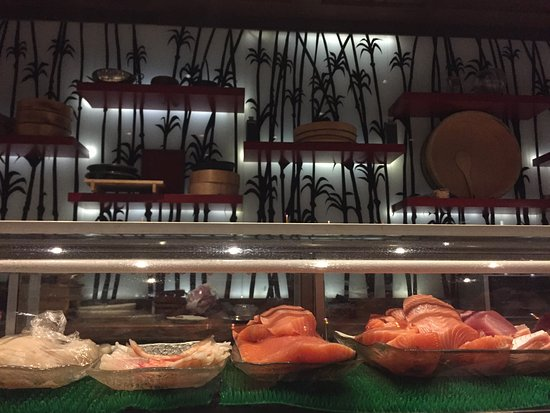 Santoku: The sushi counter at sushi bar
