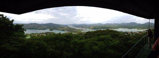 Gamboa Rainforest Resort : Aussicht auf den Panamakanal