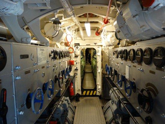Interieur van de u 995 obr zek za zen u boot u 995 for Interieur u boot