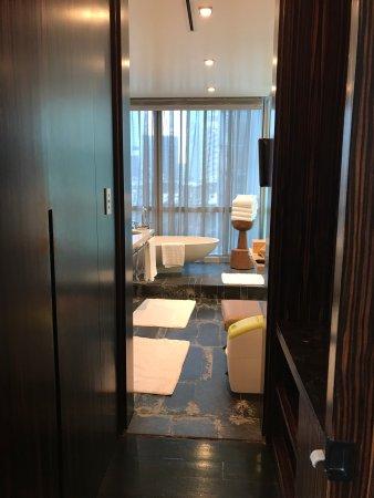 Four Seasons Hotel Tokyo at Marunouchi: photo8.jpg