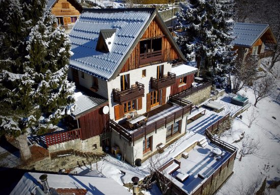 Chalet La Maitreya : drone view of the chalet