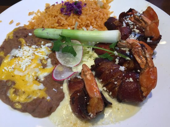 Miguel's Cocina: Camarones Jalisco (bacon wrapped shrimp). Wish the portion was larger!