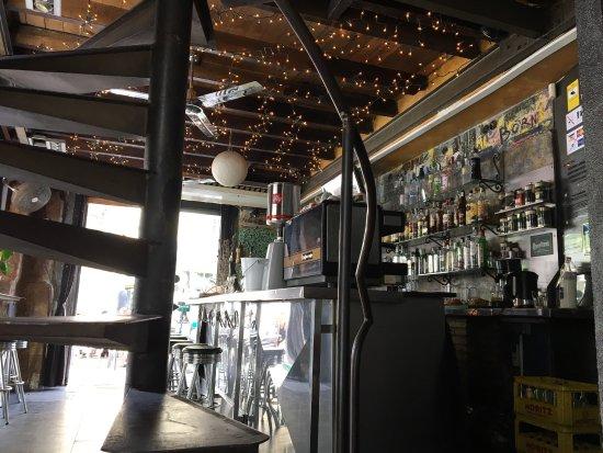 Pitin Bar