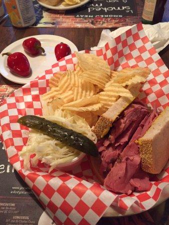 Joe Smoked Meat: assiette garnie