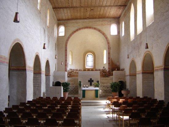 Sulzburg, Deutschland: Innenansicht der St. Cyriak Kirche