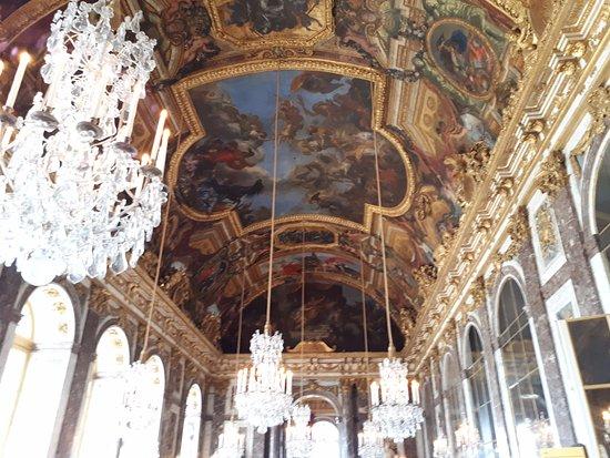 Sal n de los espejos picture of chateau de versailles for Espejos salon