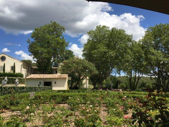 Room with terrace photo de domaine de fontenille lauris tripadvisor - Le domaine de fontenille ...