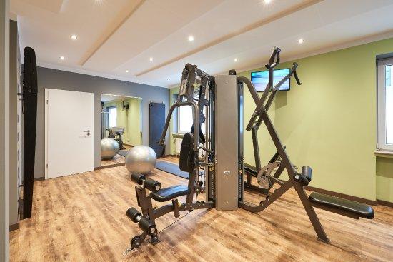 Fitnessraum hotel  Fitnessraum - Hotel Munte am Stadtwald - Picture of Ringhotel ...