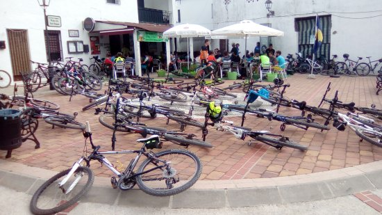 Jimera de Libar, Spanje: Popular spot for cyclists!
