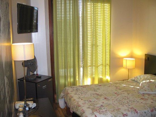 hotel les arcades 2 tripadvisor. Black Bedroom Furniture Sets. Home Design Ideas