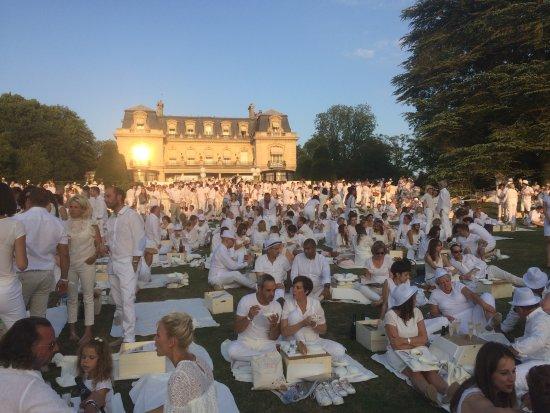 Soir e blanche 2017 picture of le parc restaurant les - Restaurant le jardin reims crayeres ...