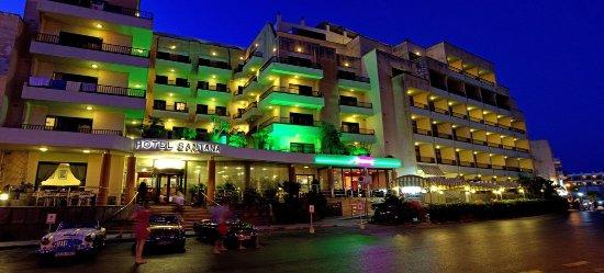 Hotel Santana: entree